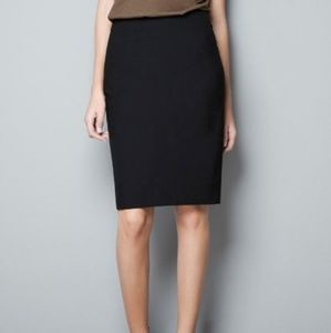 Zara black pencil skirt size 4